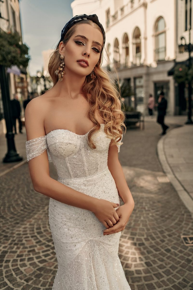 hollywood style wedding gown