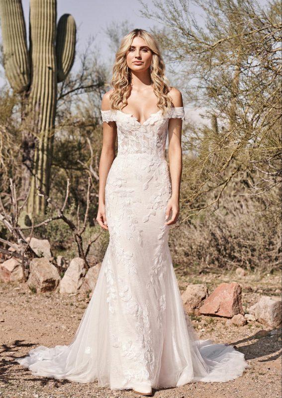 Fit and Flirty Leaf Lace Wedding Dress