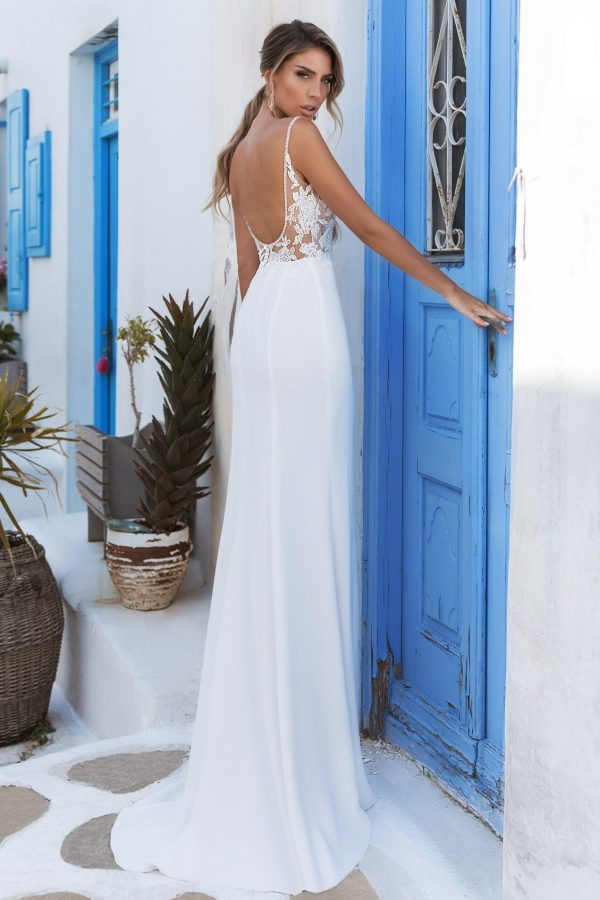 low backed fitted wedding dress